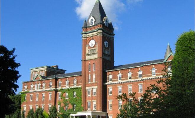 美国大学排名 圣十字学院