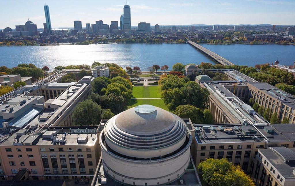 美国留学热门专业 工程学院 MIT