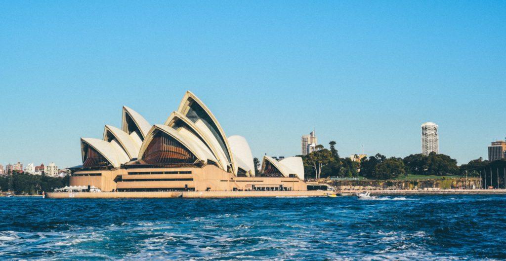 澳洲留学 澳洲论文代写推荐