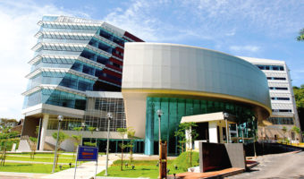 马来亚大学 University of Malaya
